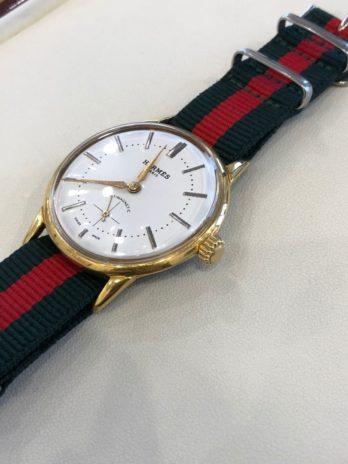 ブルーマジックで金メッキ時計を磨く