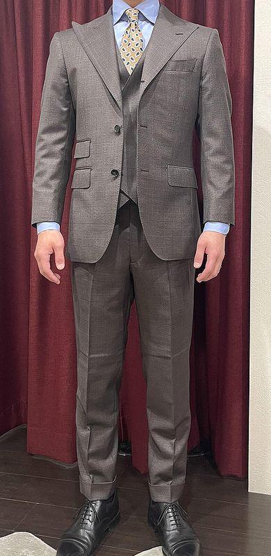 アリストンのオーダースーツ制作事例5